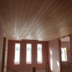2Fホール天井(栂羽目板)